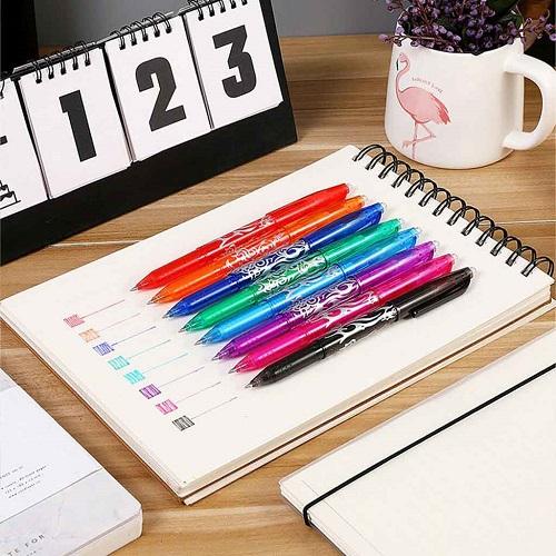 stylo gel FriXion effaçable